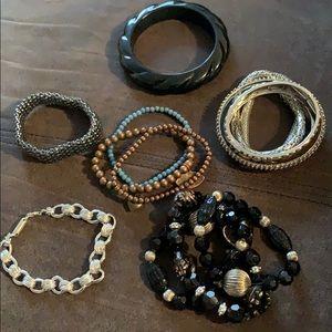 Bracelet bundle 🥳